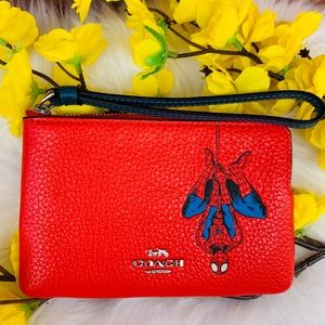 COACH MARVEL WRISTLET WITH SPIDER-MAN